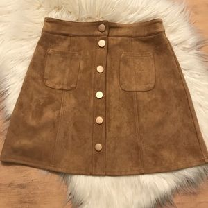 NWOT Privy Faux Suede Button Up Skirt Medium